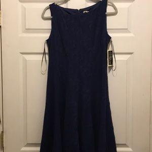 Women's Julian Taylor NWT dress in blue pattern